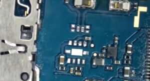 آموزش تعویض و تعمیر ویبره گوشی سامسونگ A70 23