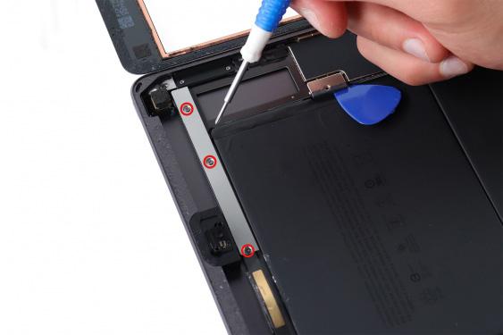 تعمیر میکروفن ثانویه آیپاد7_10