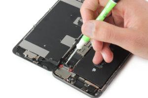 تعمیر ویبراتور گوشی آیفون 8 پلاس14