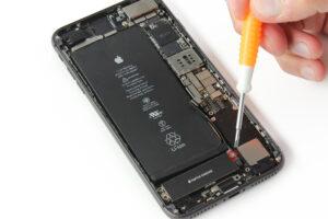 تعمیر ویبراتور گوشی آیفون 8 پلاس24