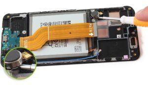 آموزش تعمیرات موبایل سامسونگ گلکسی A40 26