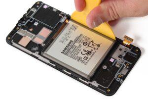 آموزش تعمیرات موبایل سامسونگ گلکسی A40 33