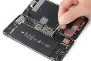 تعمیر ویبراتور گوشی آیفون 8 پلاس10