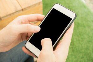 حل مشکل سیاه شدن گوشی موبایل