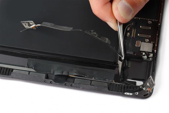 تعمیر اسپیکر سمت راست آیپاد7_19
