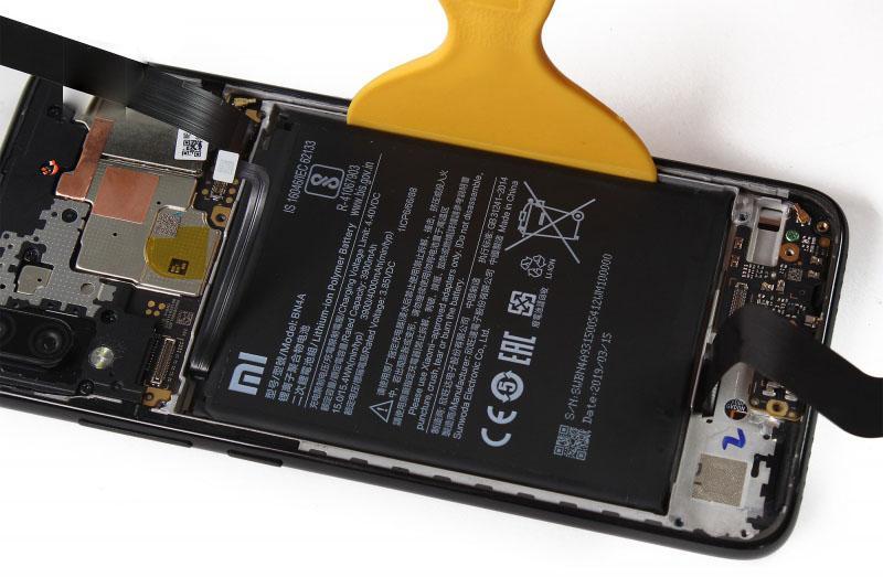 آموزش تعویض باتری ردمی نوت 7 - مرحله 18