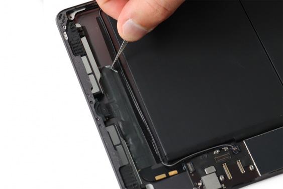 تعمیر اسپیکر سمت راست آیپاد7_21