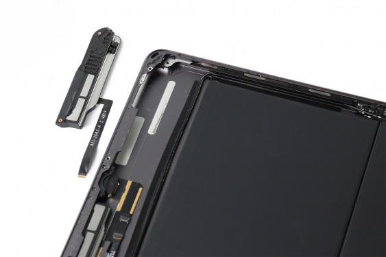 تعمیر اسپیکر سمت راست آیپاد7_24
