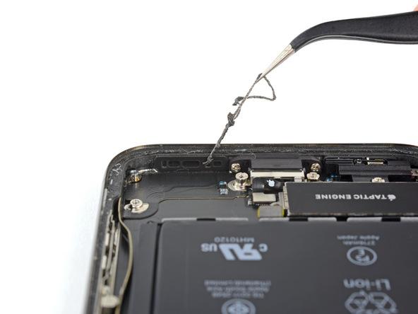 تعویض باتری آیفون X - مرحله 29