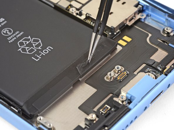 تعویض باتری آیفون XR - مرحله 35.2