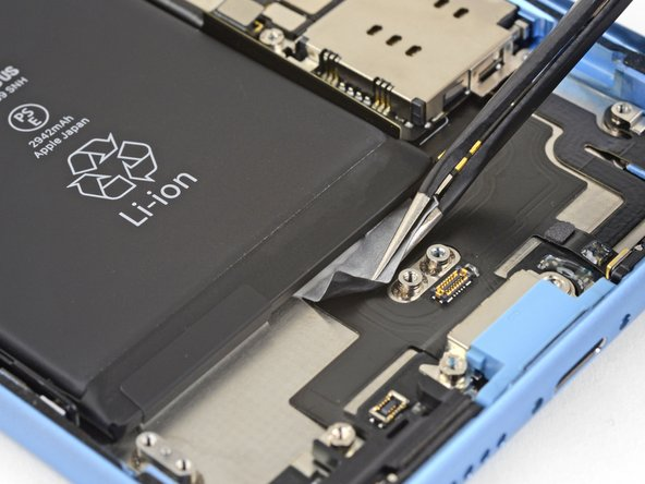 تعویض باتری آیفون XR - مرحله 35