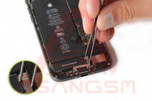تعویض آنتن GSM آیفون 8