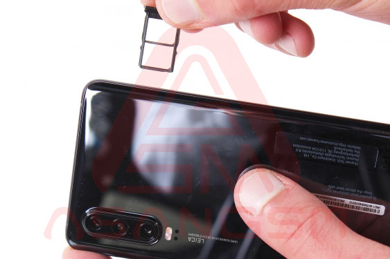 آموزش تعویض سیم آنتن wifi هواوی P30 مرحله 3-2